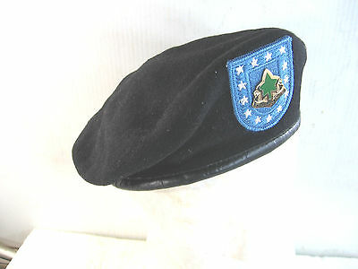 US Army black Beret w/13 star blue flash & DUI,100% wool, used, clean size 7 3/8