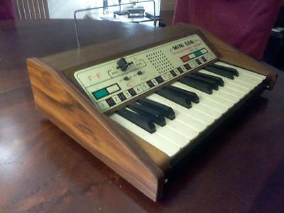 MINI GAN ELECTRONIC ORGAN PET 33  jouet (toy) Synthé 1974  style moog (japon)