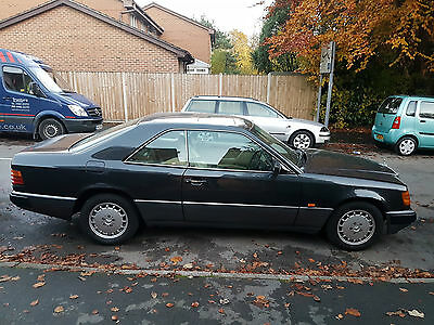 1992 mercedesW124 300ce coupe black3.0L petrol auto pillarless 2door PXswap ford