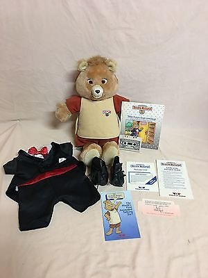 Vintage 1st Generation Teddy Ruxpin With Love Songs Book/tape~works