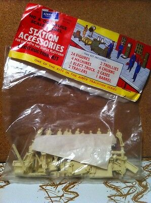 Airfix Station Accessories New In Pack