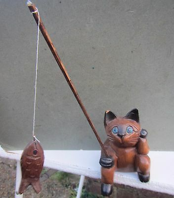 Vintage Carved Wooden Cat Fishing Table Edge Ornament