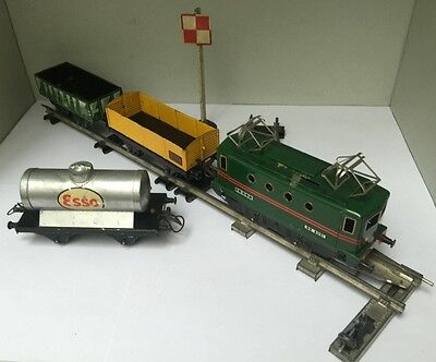 Lot Hornby Echelle O : Locomotive BB-8051 (non motorisée) + 3 wagons