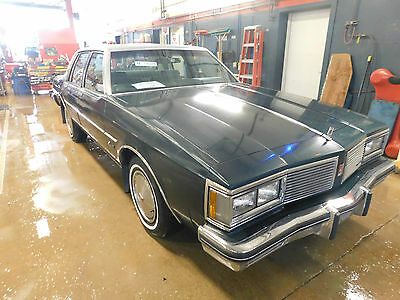 1982 Oldsmobile Eighty-Eight Royale 1982 Oldsmobile Delta Eight-Eight Royale T1263898