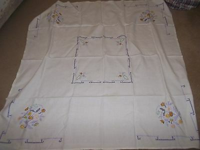 Embroidered Complete Tablecloth.
