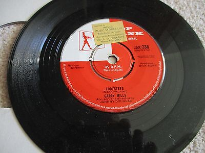 Gary Mills - Footsteps / Look For A Star  - Vinyl 45 Rpm - 1960