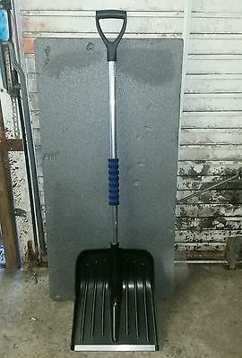 Snow Shovel With Steel Tips 5Ft
