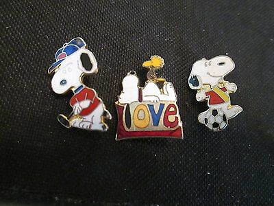 Lot Of 3 Vintage Snoopy Peanuts woodstock  Pin Button golf, soccer