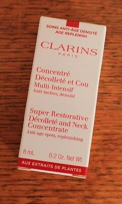 CLARINS - ECHANT. CONCENTRE DECOLLETE ET COU MULTI INTENSIF - 8 ml - NEUF