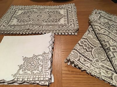 Linen Table Runner Place Mats And Napkins