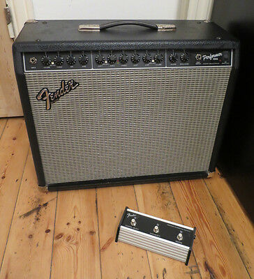 Fender Performer 1000 Guitar Amp with footswitch and instruction Hybrid