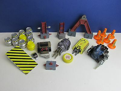 rare ROBOT WARS CHAOS 2 PANIC ATTACK MATILDA bbc PULL BACK FRICTION TOY lot C31