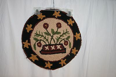 Hooked Rug Floral black brown Chair Pads Seat cushion VGC multi-color unbranded