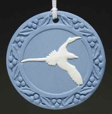 Wedgwood CHRISTMAS ORNAMENT Longtail Cream On Blue