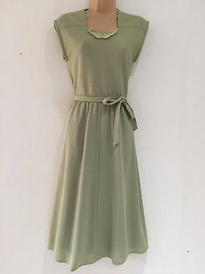 Vintage 70's Sage Green Floral Applique 40's Style Belted Tea Dress Size 10