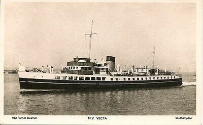Old Postcard-RED FUNNEL STEAMER-M.V.VECTA-Real Photograph Type