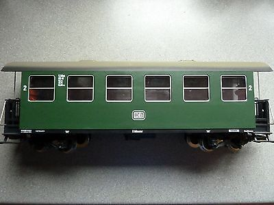 LGB 30700 DB 2ND CLASS PASSENGER COACH With METAL WHEELS & INTERIOR LIGHTS