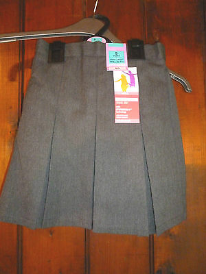 NEW Age 5 yrs M&S Grey Skirt with Stormwear  Marks & Spencer