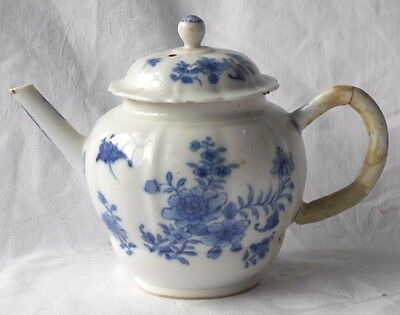 C18Th Chinese Blue And White Tea Pot With A Floral Pattern