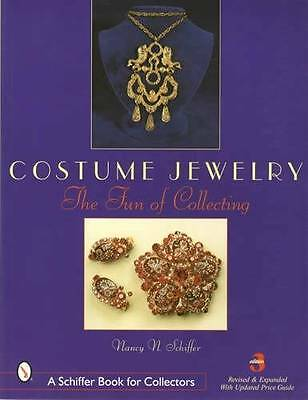 Vintage Costume Jewelry - Fun of Collecting 3rd Ed - Trifari, Rhinestone & More