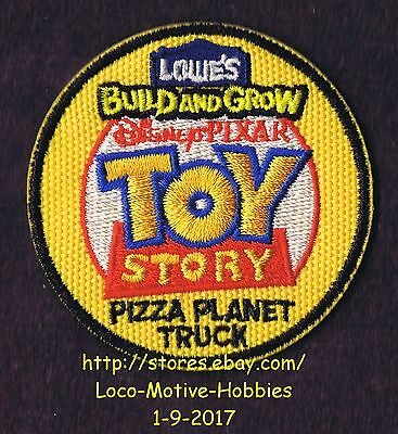 LMH PATCH Badge  2013 TOY STORY Disney Pixar PIZZA PLANET Truck LOWES Build Grow
