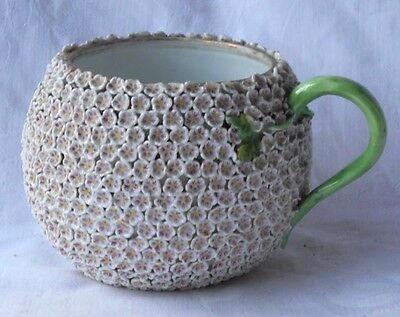 Late C18Th / Early C19Th Meissen Snowball Mug Encrusted With Flowers