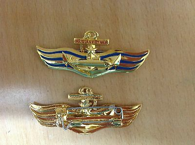 Vietnam army pin badge for Submarine soldier, officer - rare!