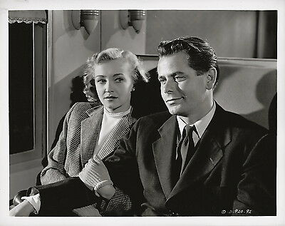 Glenn Ford, Nina Foch, The Undercover Man, 1949 ~ ORIGINAL scene still