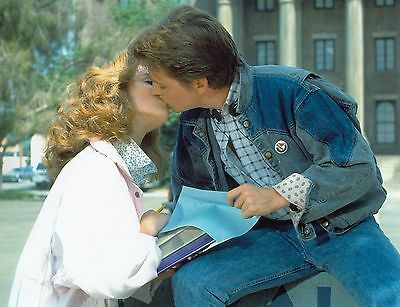 CLAUDIA WELLS + MICHAEL J. FOX - unsigniertes Grossfoto (3052)