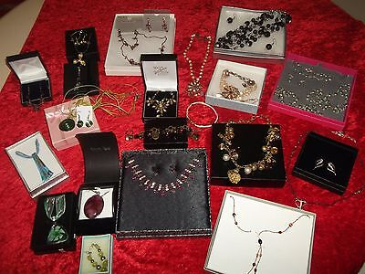 Nice Job Lot Of Mixed Costume Jewellery Necklaces Earrings Sets Inc Boxes Vgc