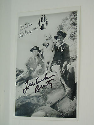LEE AAKER.............(Film & TV)..HAND SIGNED AUTOGRAPH PHOTOGRAPH.
