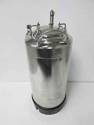 """Alloy Products Corp Stainless Steel Pressure Vessel 3 Gallons, Ports: 1/4"""" NPT"""