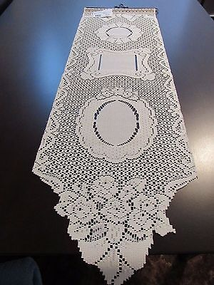 """Heritage Ecru Lace Picture Perfect Wall Hanging Holds 3 Photos 12"""" x 38"""" New"""