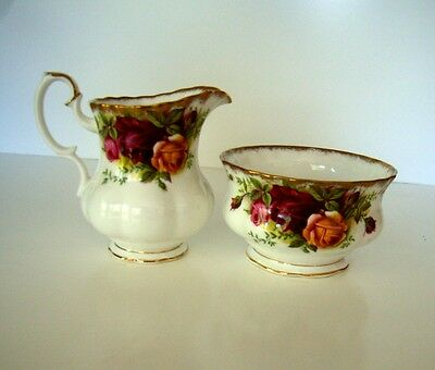 ROYAL ALBERT Old Country Roses Sugar Bowl & jug coffee size England 1st Qual