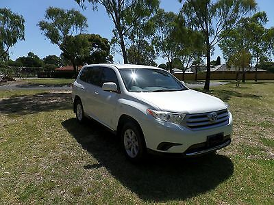 Toyota Kluger Awd Very Cheap Great Car (Two Sets Of Keys)