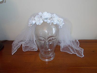 VINTAGE 1950's BRIDES HEADWEAR - 'IVORY FLOWERS & VEIL' - 'ALICE TYPE BAND'