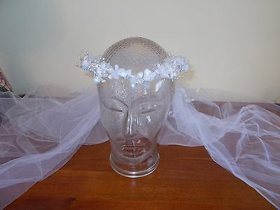 VINTAGE 1960's BRIDES HEADWEAR - FLOWERS & VEIL - EXCELLENT CONDITION WITH BOX