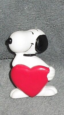 "Rare Vintage PEANUTS Blank RED HEART Valentine gift SNOOPY PVC gift 3"" Figure"