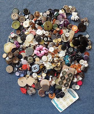 Lot 1 Tin Of Assorted Vintage Buttons All Shapes, Colours & Sizes