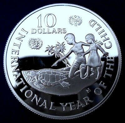 CAYMAN IS: 1982 $10, Int Yr of The Child, .925 silver proof, capsule - top grade