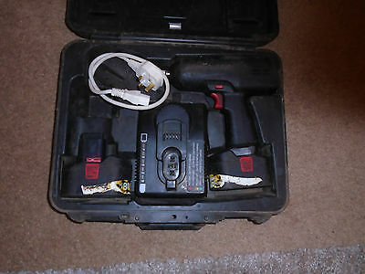 """Snap On 18V Cordless 1/2"""" Impact Gun With 2 Batteries And Charger."""