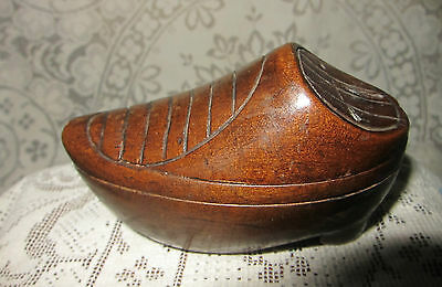 c.1810-30 French Carved Wood Snuff Box/Shoe Shape