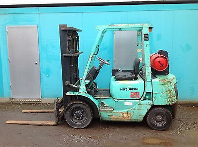 Mitsubishi FG 20 2.5 Ton Gas Side Shift  Forklift Truck Container Speck