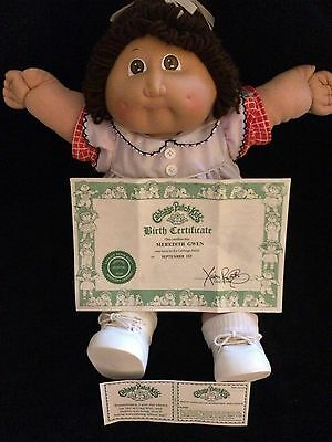 Cabbage Patch Doll 1980's MEREDITH GWEN Orignal Clothes Shoes Birth Certificate