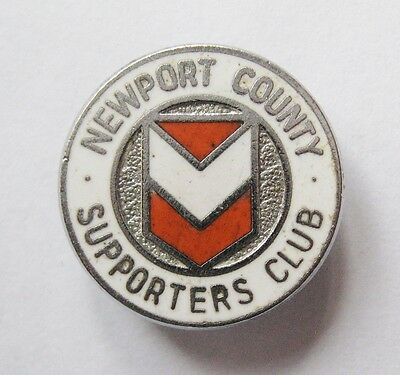 NEWPORT COUNTY - Superb Supporters Club Enamel Football Pin Badge