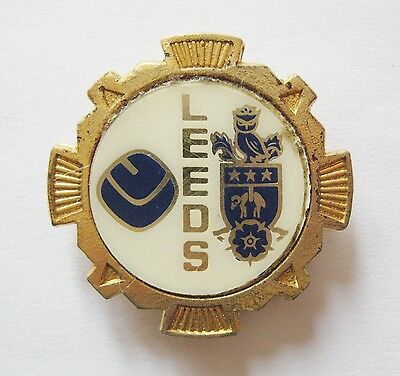 LEEDS UNITED - Vintage 1970s Insert Football Pin Badge #18