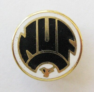"NEWCASTLE UNITED - Superb Enamel Football Pin Badge ""NUFC"""