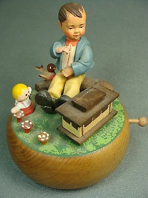 "Vintage Anri Carved Wooden Music Box "" I Left My Heart In San Francisco"""
