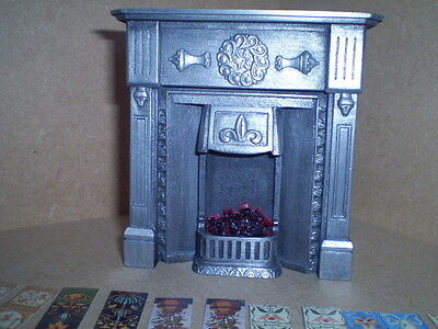 Dolls house miniature 1/12thscale Victorian lit fireplaceF3PC1T