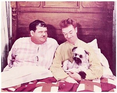 LAUGHING GRAVY studio color still with LAUREL & HARDY - (L371)